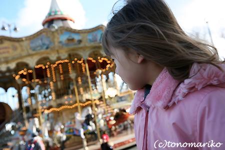パリのメリーゴーランド_c0024345_21202457.jpg