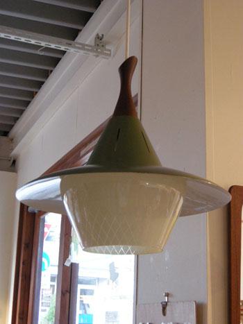Pendant lamp (DENMARK)_c0139773_18323576.jpg