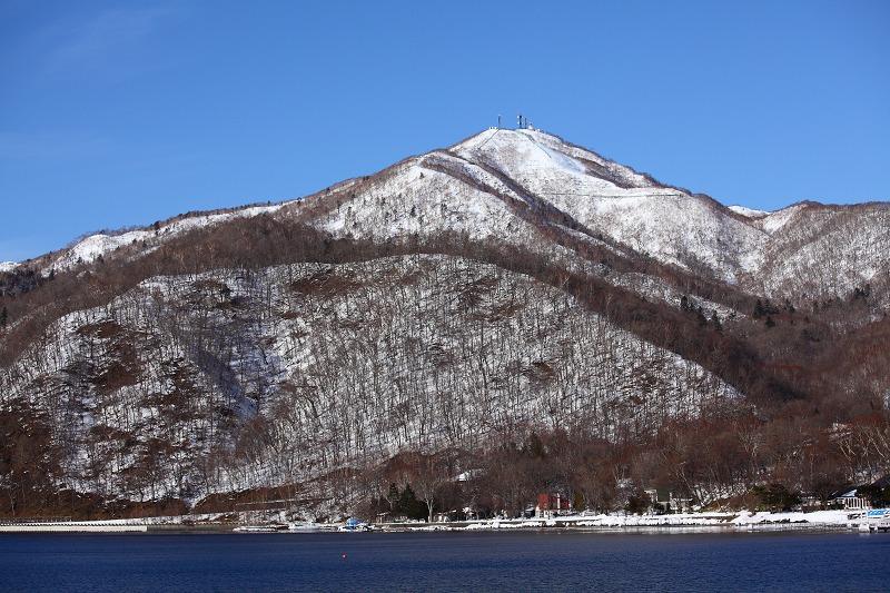 支笏湖畔より 紋別岳_a0160581_1850152.jpg