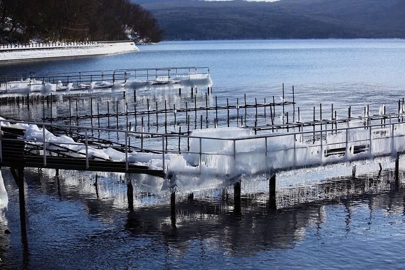 支笏湖畔 本物の氷柱_a0160581_19472475.jpg
