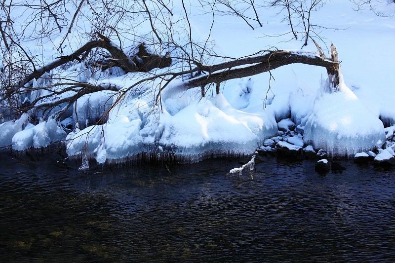 支笏湖畔 本物の氷柱_a0160581_19501281.jpg