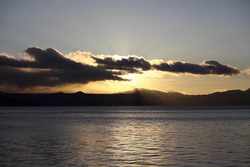 支笏湖マジックアワー_a0160581_20124781.jpg