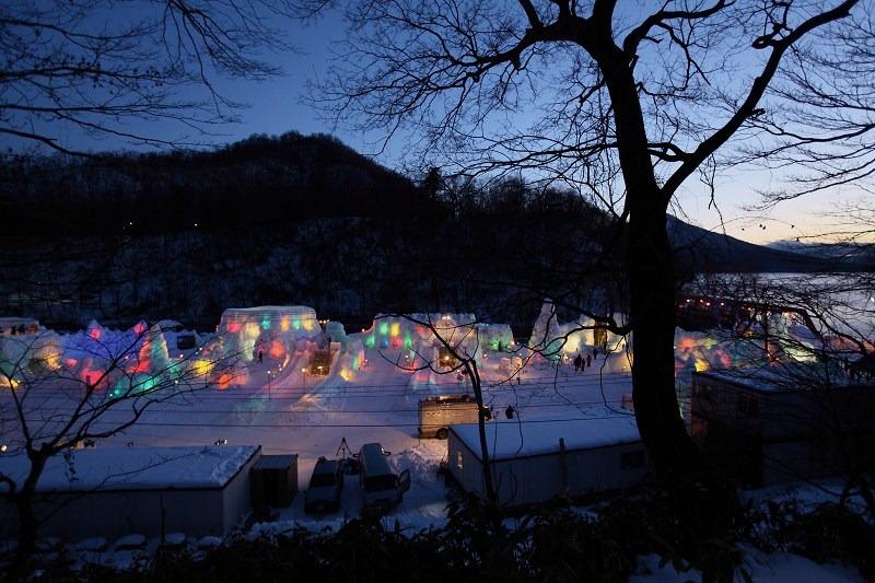 支笏湖氷濤祭り前夜 会場準備 1/27_a0160581_20351231.jpg