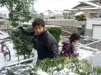 今朝目覚めると「雪国」でした。_e0188087_0273192.jpg