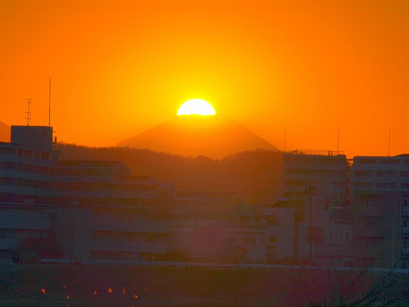 多摩川から見たダイヤモンド富士_d0192516_19441392.jpg