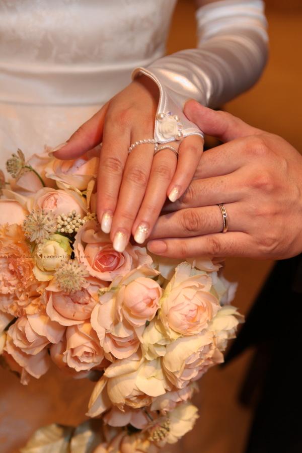 花をまとう花嫁  ANAインターコンチネンタルホテル様へ_a0042928_19495346.jpg
