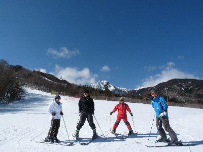 サンメドウズでスキー体験会_f0019247_23262363.jpg
