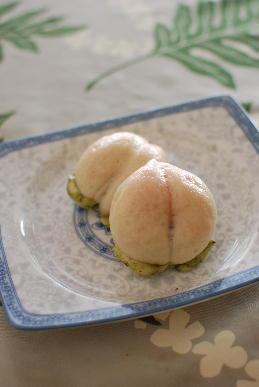 桃饅頭&大根餅_a0175348_19411862.jpg
