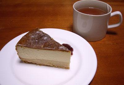 手作りの日 (ハンバご飯、バナナケーキ&チーズケーキ)_e0097770_20194556.jpg