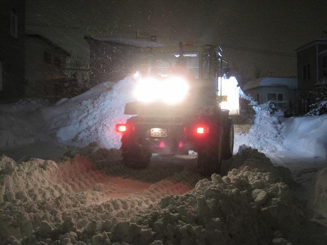 雪のすごさに完敗・・・_f0202703_20591887.jpg