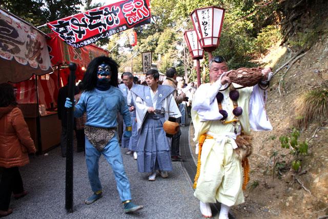 吉田神社 節分祭1_e0048413_21121130.jpg