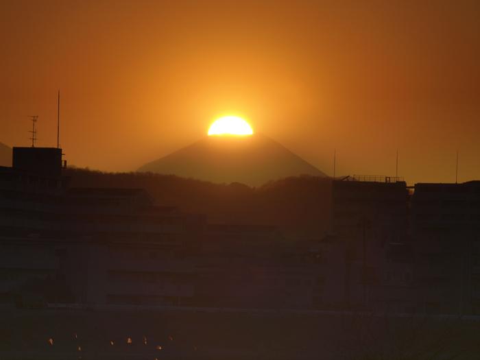 多摩川から見たダイヤモンド富士_d0192516_8392645.jpg
