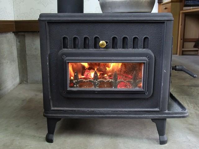 暖炉のある日常_d0177220_1025668.jpg