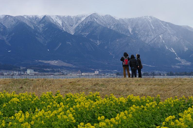 琵琶湖 なぎさ公園 ~春の予感?~_f0152550_2237489.jpg