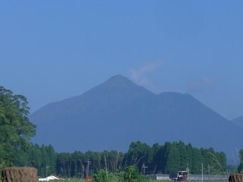 新燃岳の噴火_d0116009_4143396.jpg