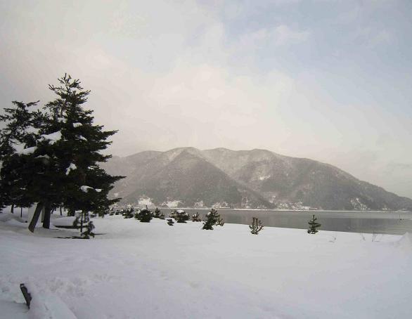 冬の琵琶湖_b0177436_15411899.jpg
