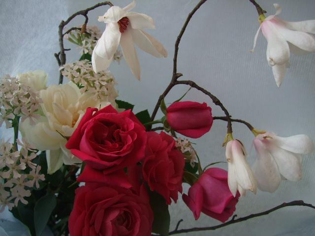 オークリーフ(マグノリアとイングリッシュローズの花束)_f0049672_15796.jpg