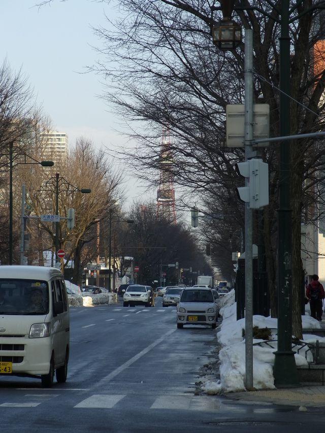雪祭り直前の大通り会場_c0025115_18533861.jpg