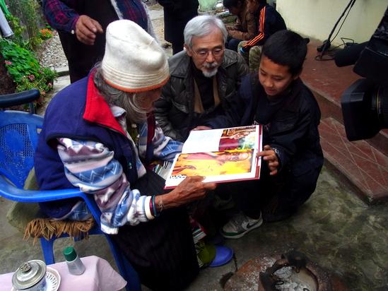インド〜ネパール 最後のロケ_f0067255_14124100.jpg