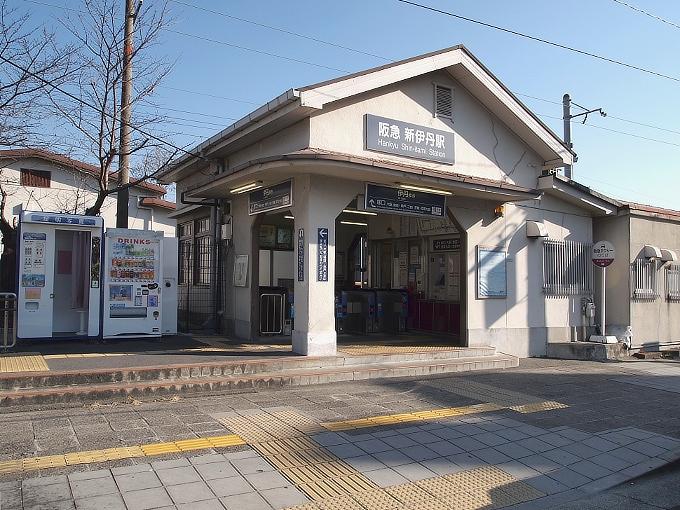 阪神間の各線駅舎1_f0116479_2127451.jpg