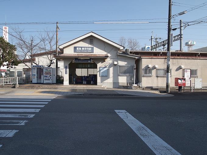 阪神間の各線駅舎1_f0116479_2127760.jpg