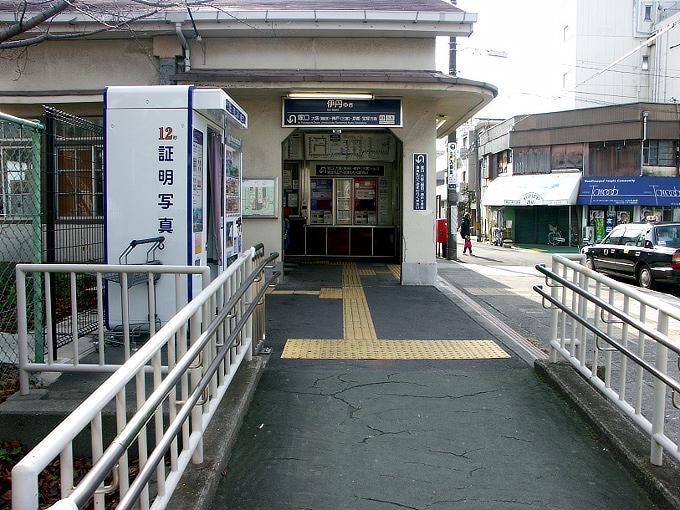 阪神間の各線駅舎1_f0116479_21301965.jpg