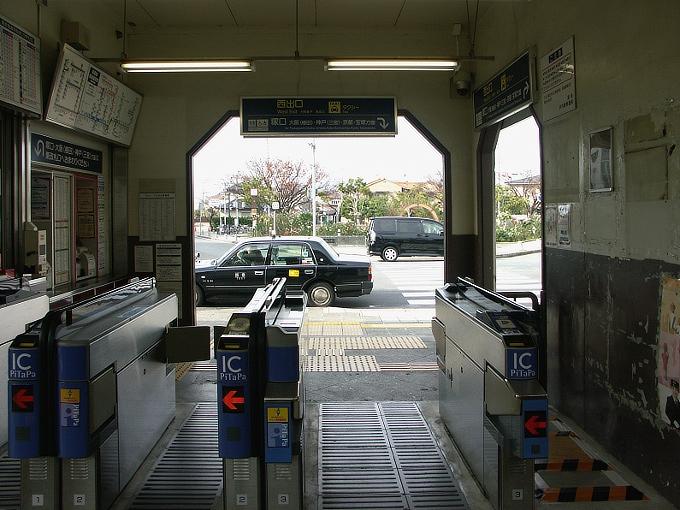 阪神間の各線駅舎1_f0116479_21342015.jpg