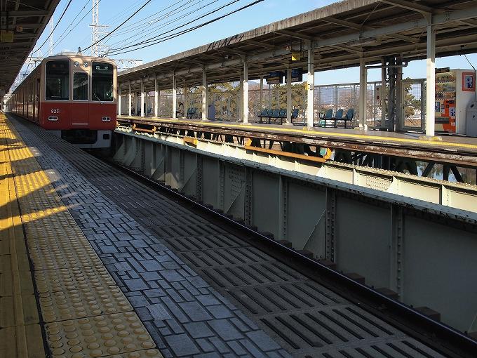阪神間の各線駅舎1_f0116479_2240612.jpg