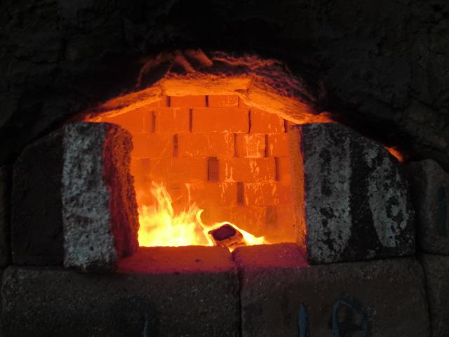 窯焚き _e0216090_1842990.jpg