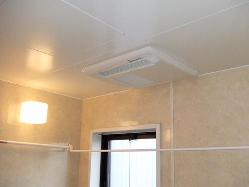 浴室暖房乾燥機交換_a0128746_20461618.jpg