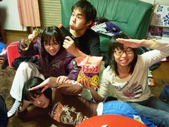 大学の友だちとUSJに行っていた長女が帰ってきて・・・_e0188087_113516.jpg