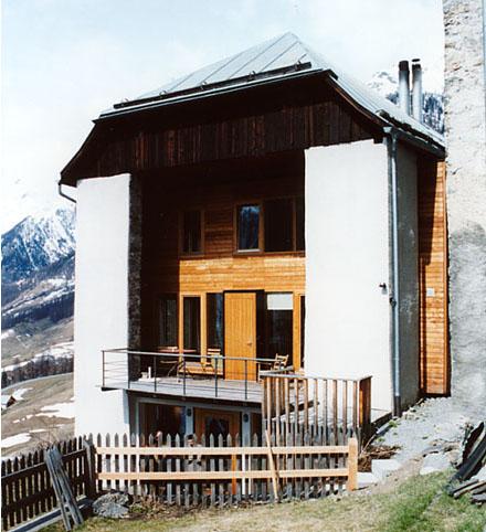 白山でグラウビュンデン州の建築家の話題_e0054299_1412953.jpg