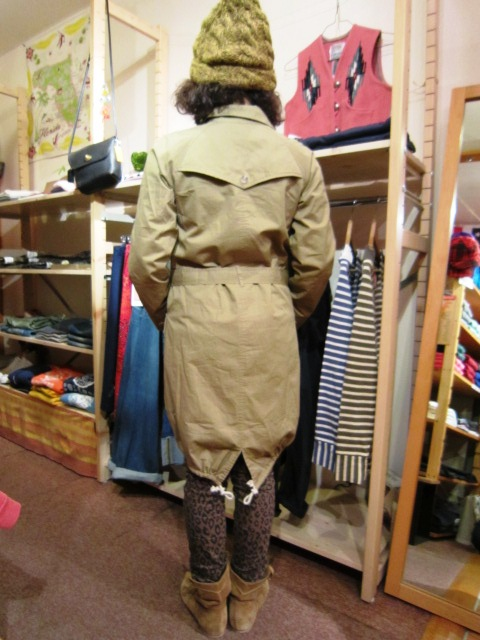 "Westwood Outfitters ""フィッシュテール トレンチコート\"" 入荷!_f0191324_33670.jpg"