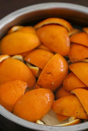 オレンジピール作り_b0048834_20372241.jpg