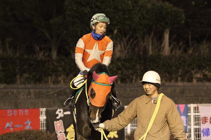 2011年2月4日(金) 高知競馬 6R C3-7 選抜馬_a0077663_18182887.jpg