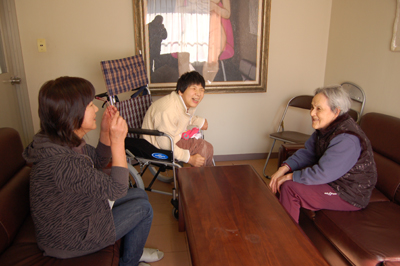 2/4お母さんと再会!_a0154110_9565598.jpg