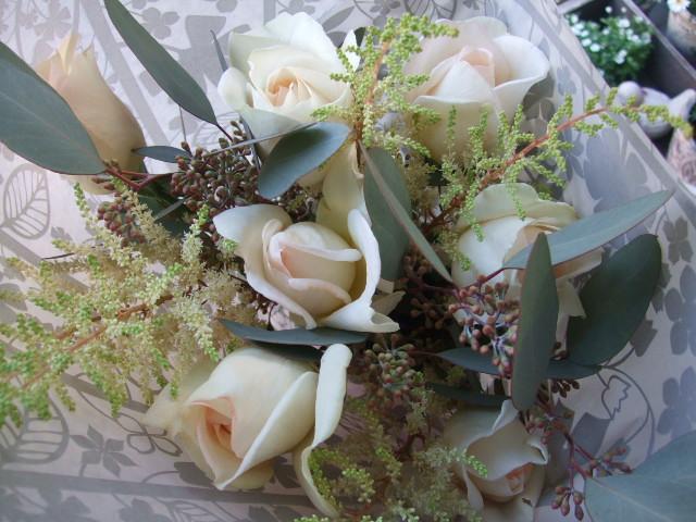 オークリーフ(淡色トーンの花束)_f0049672_1773951.jpg