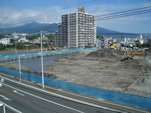 建設が進む「アピタ吉原店」と「コープ富士中央店」_f0141310_23243590.jpg