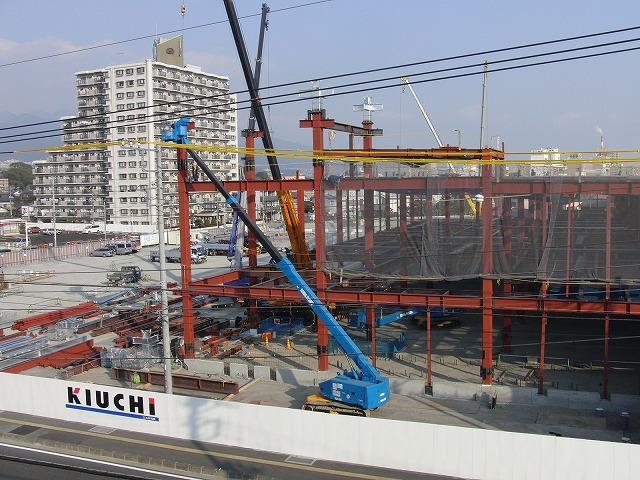 建設が進む「アピタ吉原店」と「コープ富士中央店」_f0141310_2324569.jpg