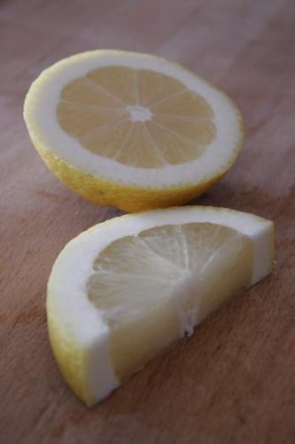 有機レモンとアントネッロ_f0106597_1584860.jpg