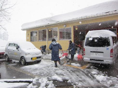 雪国の送迎_e0142373_2591814.jpg