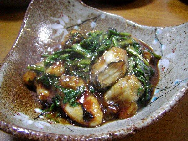 牡蠣と春菊の甘みそ炒め~_c0057390_22394862.jpg