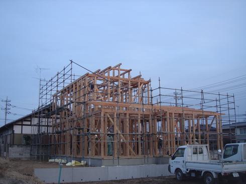「筑西市の家」が上棟しました!_a0059217_1953765.jpg