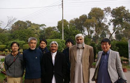 Pak-Jap Archaeological mission* 2004-07 Peshawar (1)_a0186568_1131872.jpg