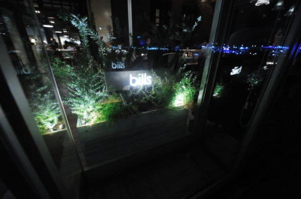 bills 横浜赤レンガ倉庫_d0080653_21543798.jpg