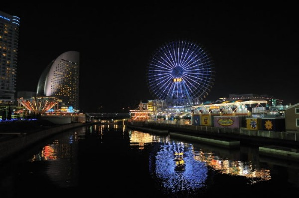 bills 横浜赤レンガ倉庫_d0080653_2156083.jpg