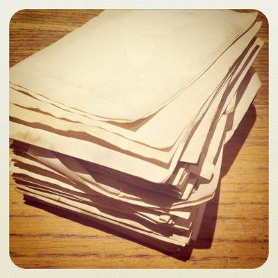 大量の紙_c0192970_2241129.jpg