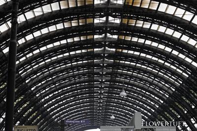 ミラノ駅とレッスンのご案内_c0137872_19181877.jpg