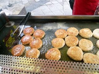 2011年2月釜山の旅 ③済州家のアワビ粥 & 龍門のジャージャー麺_a0140305_145321.jpg
