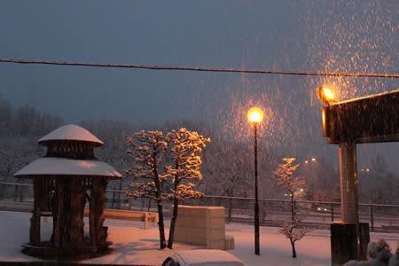ちこり村!またまた雪が・・・_d0063218_181809.jpg